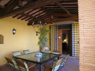 app. trilocale vista giardino , spiaggia privata, Bolsena