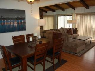 (#225) 1.5 Blocks from Sand, 4 Bedroom 2.5 Bath, Huntington Beach