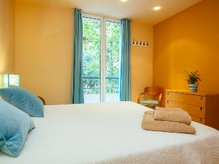 Cozy apartment in Casanova- Exaimple Barcelona