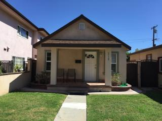 Great Location  In Huntington beach, Cottage #1, Huntington Beach