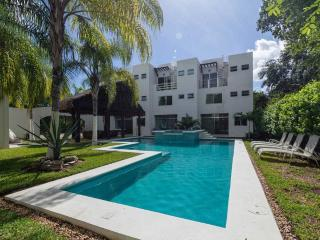 Wonderful Condo in quiet area, Playa del Carmen