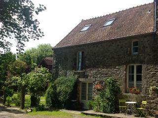 Jasmin Cottage, La Ferme de  l'Eglise - Heated pool from 2017