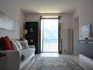Casa Sylvia - Lake view and swimming pool, Nesso