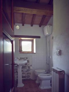 bagno in camera con doccia