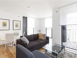 Portobello Square 2 Bed Apartment - I, London