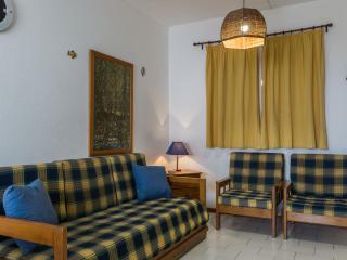 Prasio White Apartment, Portimão, Algarve, Portimao