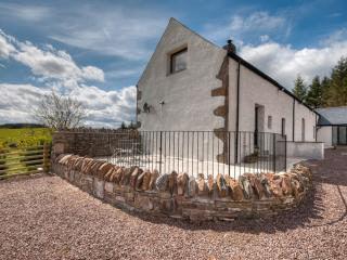 Tordarroch Cottage - Luxury Cottage Nr Loch Ness, Dores