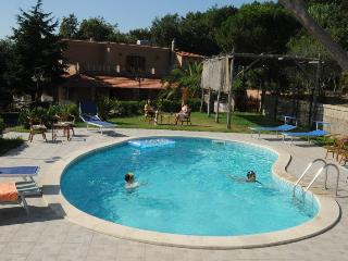 Family Villa with swimming pool & garden, Sant'Agata sui Due Golfi