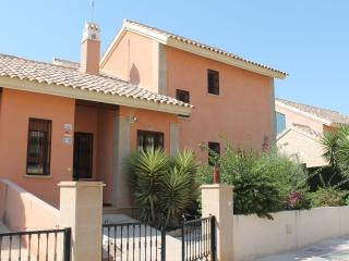 Link-Detached Villa - Sleeps 6, Algorfa
