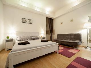 Downtown - Eva apartment, Budapest