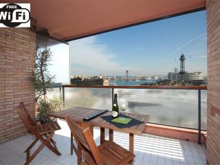 AMAZING terrace VIEWS TO COLON.SEA. PORT VELL HARBOR & NEAR RAMBLAS