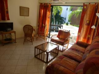 1 bedroom condo in Central Sosúa, gated community.