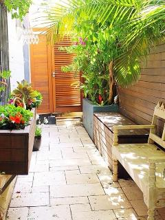 Beautiful private courtyard, for peace and tranquil relaxing. Lights up at night for extra ambiance.