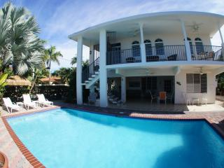 Best Family Rental w/Pool Steps from Corcega Beach, Rincón