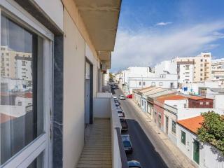 The Best Location Apartment in Faro Center