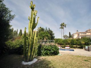Villa 10 bedrooms in Marbella, Elviria