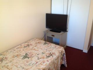 Cozy furnished room, Windsor