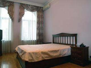 Classic 2 bedroom apartment in Kiev - 664
