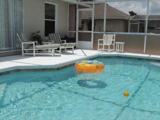 Great summer FUN IN THE SUN/Great rates/Quiet Loc, Orlando
