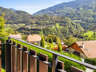 Comfortable flat with mountain view, Albertville