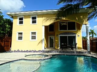 A Luxury Modern Family Villa