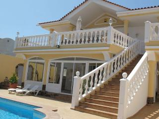 Luxurious 5-bedroom Villa with superb Ocean views, Callao Salvaje