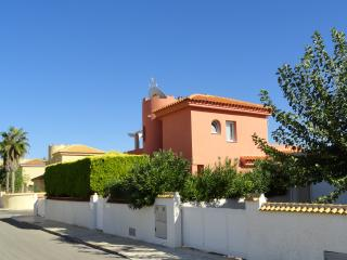 Private, and peaceful 3 bedroom, 3 bathroom villa, La Manga del Mar Menor
