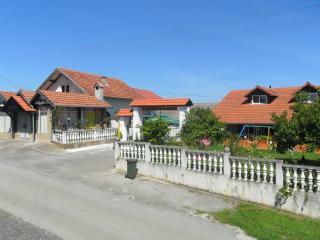 Seoski turizam Lukač  kamp izletište 'Zeleni put', Kutina