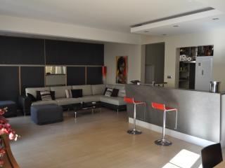 Appartement de luxe plein centre 100 mètres mer