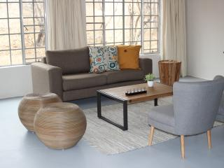 Lounge with African influences