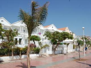Villa front line of the beach (Lagos de fanabe), Playa de Fanabe