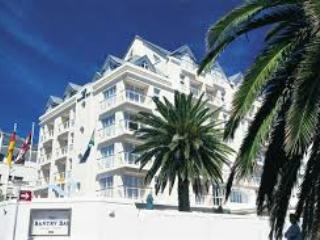 4 sleeper self catering unit for rent for New Year, Bantry Bay