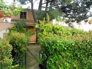 Villetta La Cinta, San Teodoro