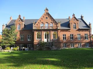 Ny Kirstineberg Gods Bed & Breakfast, Nykobing Falster