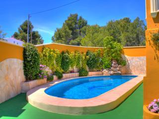 VILLA BENICUCO 4: private pool, aircon, wifi, bbq, Calpe