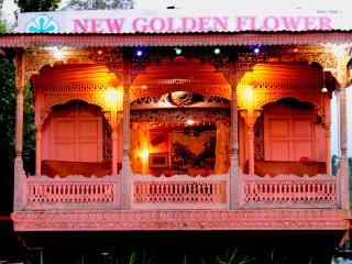 Houseboat New Golden Flower Heritage Houseboat, Srinagar