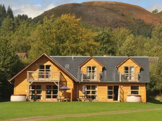 Luxury 5* Waterfront Hot Tub Lodges on Loch Lomond, Alexandria