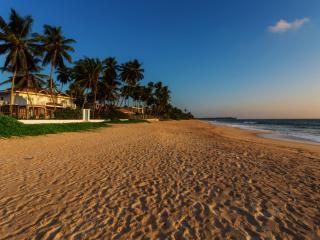 Villa Riina-Luxury beach villa with swimming pool, Ambalangoda