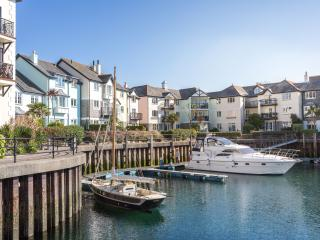 Portside - in the prestigious marina village, Falmouth