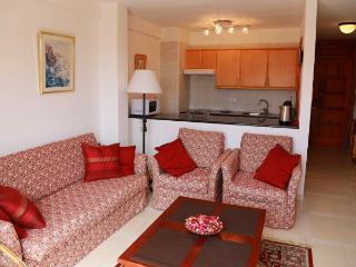 Two bedrooms apartment on the 1st sea line!!!, Playa de las Américas