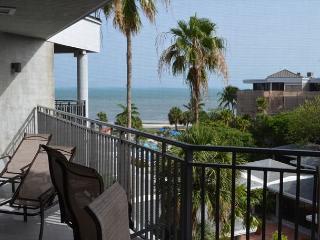 Classic Two Bedroom Ocean View Condominium, Key West