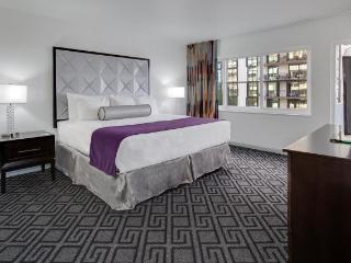 2 Bedroom Oceanfront, Miami