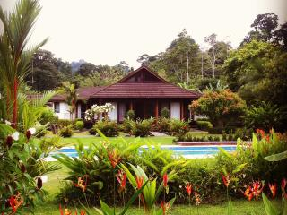 Lilan Nature Main House With Pool And Tennis Court, Cahuita