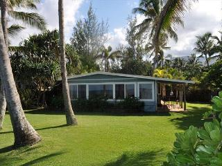 Oceanview 4 Bedroom/2 Bath House- Hale Nani, Waialua