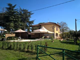 Cottage with private pool in the Tuscany Country, Lucignano