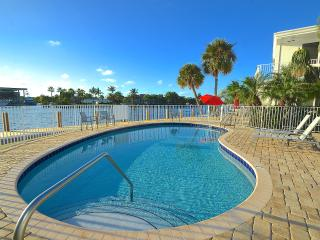 New 5* Stunning Water Views Htd Pool Steps To Bch!, Pompano Beach