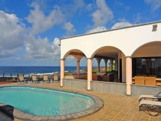 Frente al mar lujo tres dormitorios, Playa Blanca