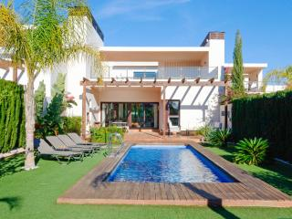 Villa Coto, Los Belones