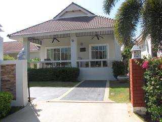 2 bed, fully furnished villa, Hua Hin