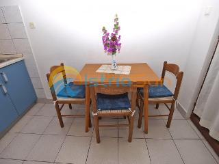 Apartment 000938 Apartment for 4 persons with 2 bedrooms (ID 2350), Rabac